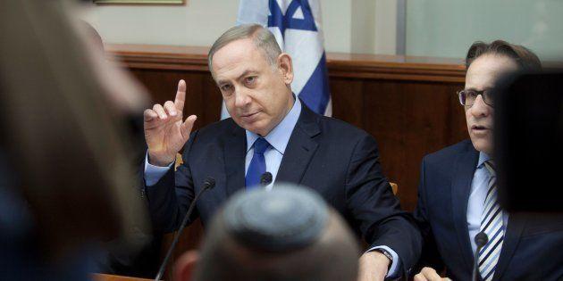 Le premier ministre d'Israël, Benjamin Netanyahu, lors d'une réunion de son cabinet à Jérusalem le 25