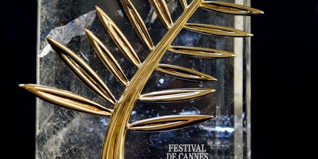 Créée par Chopard, le fournisseur officiel du Festival de Cannes, l'actuelle Palme d'or a été dessinée...