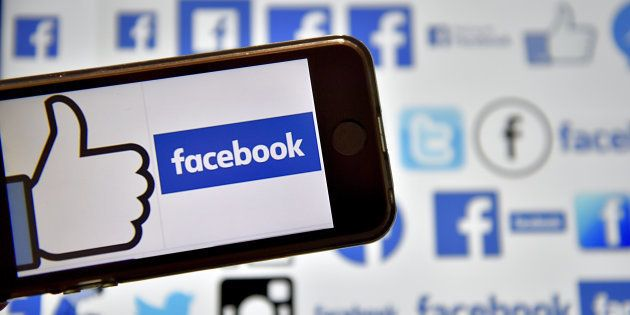 La moitié des Français refuserait de donner leurs identifiants Facebook pour entrer aux Etats-Unis, comme...