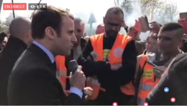 Marine Le Pen s'invite à Whirlpool pendant qu'Emmanuel Macron rencontre des