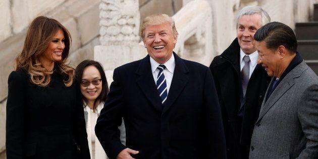 Malgré le blocage, Donald Trump tweete depuis la Chine (et en 280