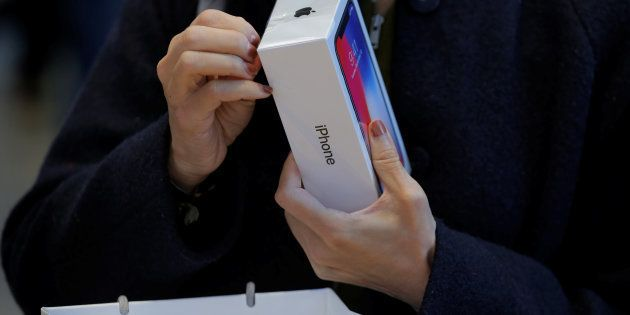 Apple vend l'iPhone X 270% son coût de fabrication (quand Samsung se contente de 238% pour le