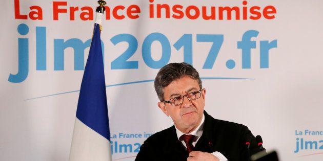 Second tour de la présidentielle: pourquoi les proches de Mélenchon refusent de trancher pour Macron...