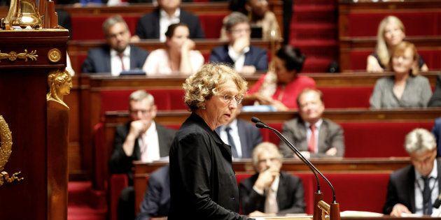 L'Assemblée vote la fin des contrats aidés dans une ambiance