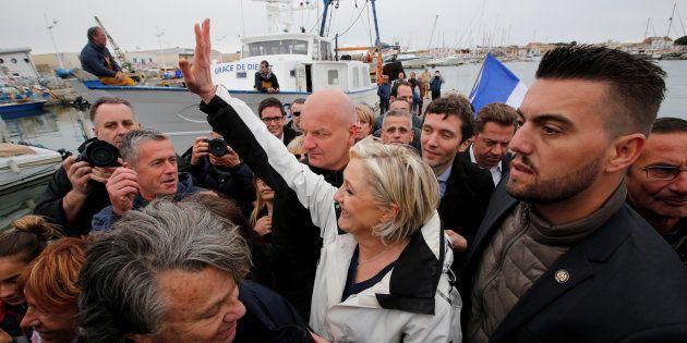 Après un passage dans le Gard, Marine Le Pen a poursuivit son OPA sur la droite à