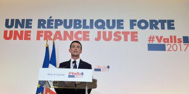 Manuel Valls présente son programme pour l'élection présidentielle à la Maison de La Chimie à Paris,...