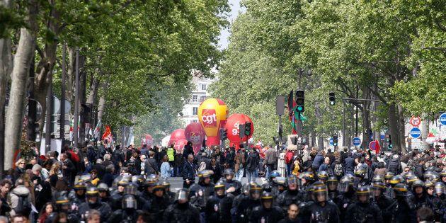 Dans les rues de Paris le 1er mai