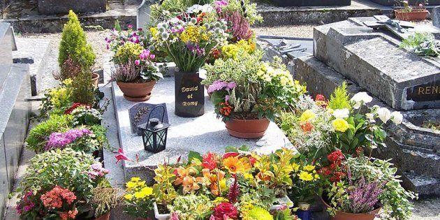 La tombe de Romy Schneider au cimetière de Boissy-sans-Avoir