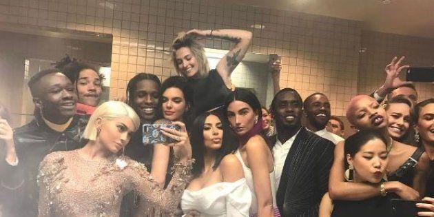 Le selfie toilettes de Kylie