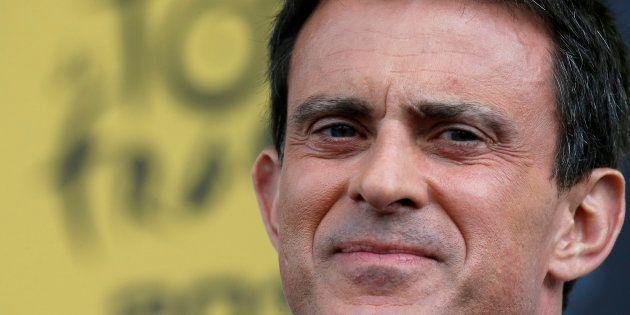 Manuel Valls sur le parcours du Tour de France en