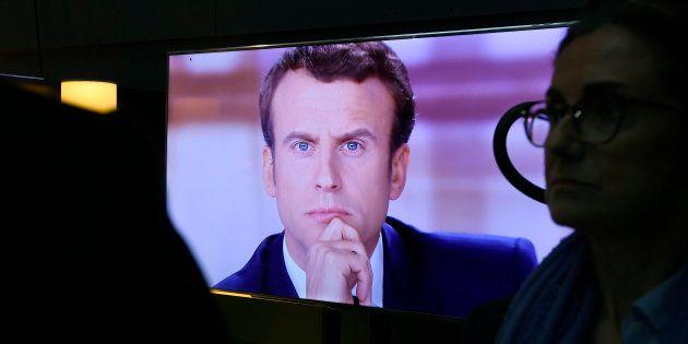 Emmanuel Macron a largement remporté le débat selon un sondage Elabe pour