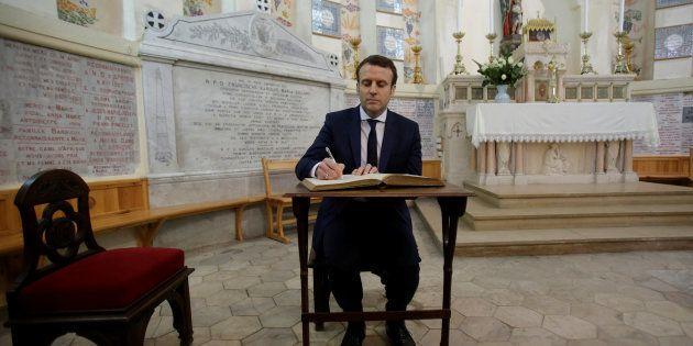 Emmanuel Macron en déplacement en Algérie avant la polémique sur la