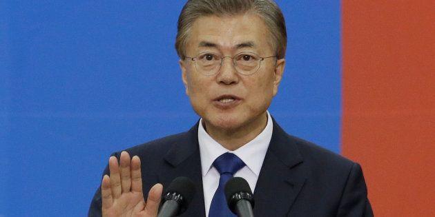 Le nouveau président sud-coréeen Moon Jae-In prête serment, le 10 mai à
