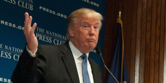 Pourquoi le renvoi de James Comey, patron du FBI, par Donald Trump pourrait provoquer une grave crise...