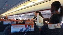 Un voyageur filme un code secret entre hôtesses de l'air, la compagnie décrypte pour