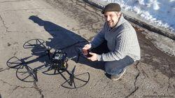 Les essaims de drones intelligents de ce chercheur pourraient sauver des