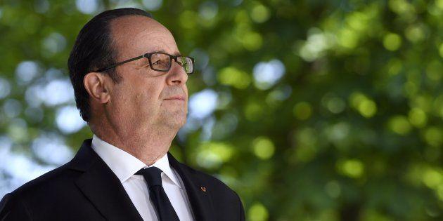 A l'instar de François Mitterrand 22 ans avant lui, il se rendra au siège du Parti Socialiste en quittant