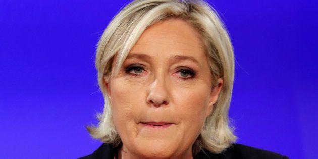 Marine Le Pen au Chalet du Lac, à Paris le soir du second tour de la