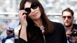 Monica Bellucci en combi noire, bien arrivée à