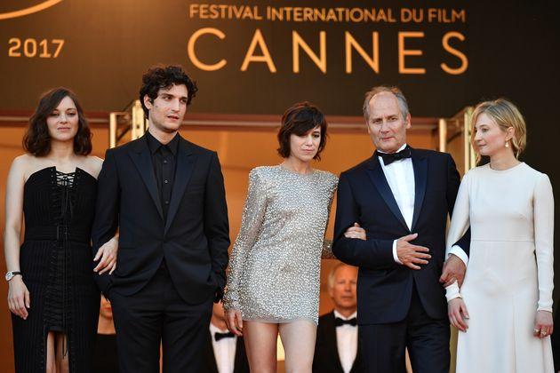 Festival de Cannes 2017: Charlotte Gainsbourg fait sensation dans sa robe