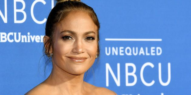 Jennifer Lopez a privatisé les toilettes lors de la soirée caritative au profit de la Robin Hood Foundation...