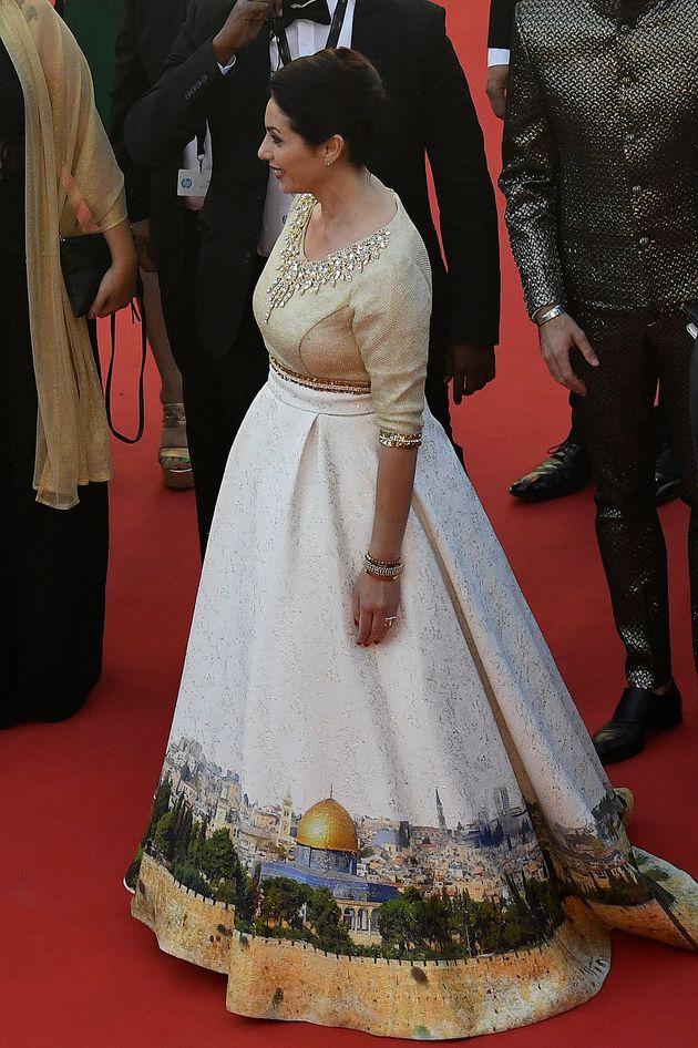 Au festival de Cannes, le détail politique de la robe de la ministre de la culture