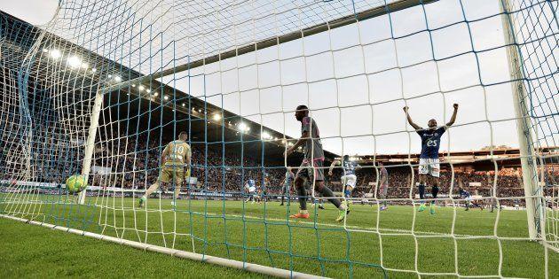 Le Racing Club de Strasbourg et Amiens promus en Ligue 1, Troyes