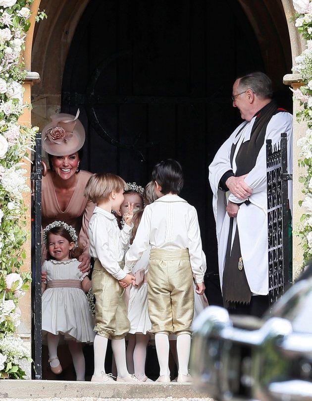 La duchesse de Cambridge Kate Middleton et la princesse Charlotte au mariage de Pippa Middleton, le 20