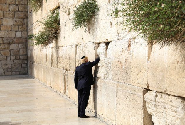 Donald Trump au mur des
