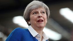 Theresa May et Jeremy Corbyn suspendent leur campagne