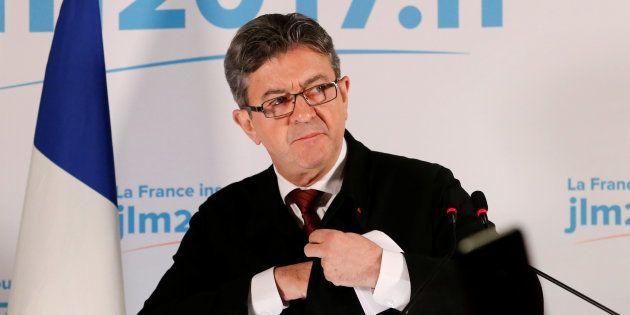 Attaqué en diffamation par la Société Générale, Mélenchon se rendra devant la justice le 26