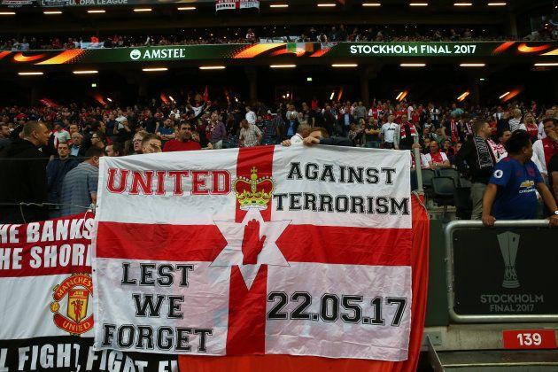 Ajax Amsterdam- Manchester United: l'émouvant hommage rendu aux victimes de