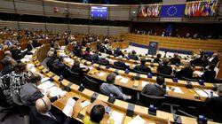 Une ex-attachée de presse du groupe du FN au Parlement européen affirme avoir travaillé sans