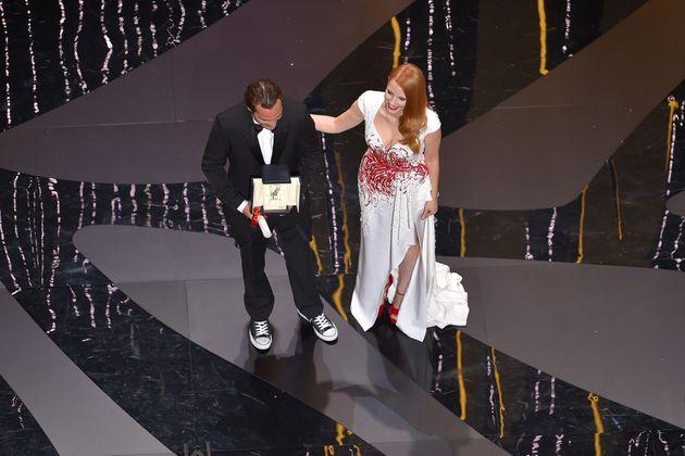Au Festival de Cannes 2017, Joaquin Phoenix reçoit le prix d'interprétation en