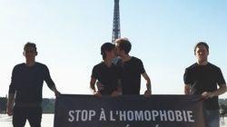 Une banderole au Trocadéro pour interpeller Poutine et Macron sur le sort des homos en