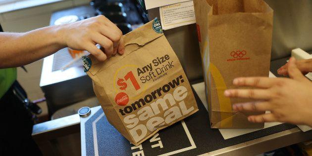 McDonald's lance la livraison à domicile dans trois restaurants à Paris dès le mois de