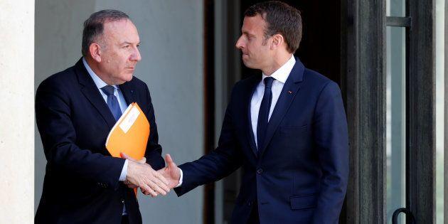 Pierre Gattaz, le Président du MEDEF, quitte l'Elysée après une réunion avec le Président de la République...
