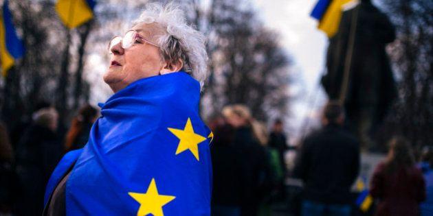 L'Ukraine va demander son adhésion à l'Union européenne en 2020 et menace de fermer ses frontières avec...