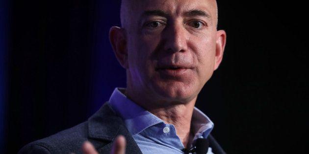 Jeff Bezos, le fondateur d'Amazon va être figurant dans le prochain Star