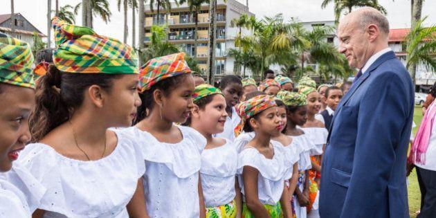 Alain Juppé en Nouvelle-Calédonie et Polynésie: pourquoi les candidats à la primaire de droite se pressent...
