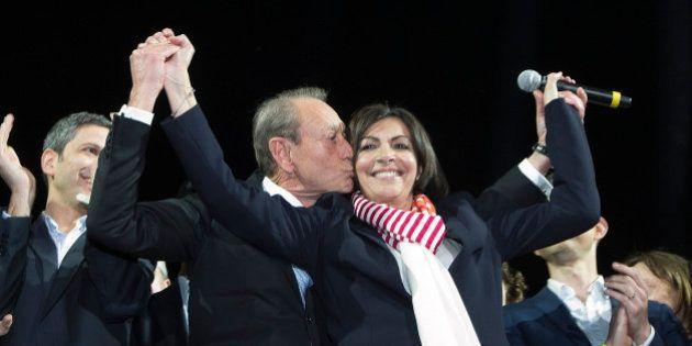 Hidalgo maire de Paris: la socialiste succède officiellement à Bertrand Delanoë ce
