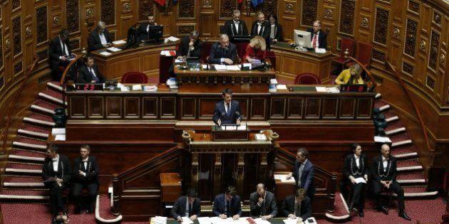 Le Sénat adopte une version durcie du projet de loi prolongeant l'état