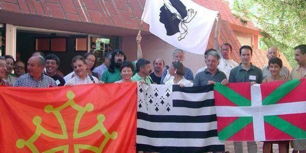 Langues régionales: bientot un changement de la Constitution pour ratifier la Charte