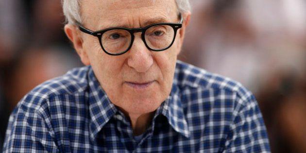 Woody Allen annonce que Blake Lively rejoint le casting de son prochain film tourné aux