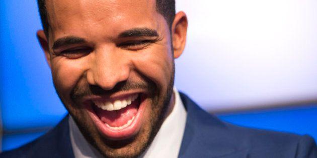 VIDÉOS. Drake, Will Smith et Kanye West se moquent du rappeur Meek Mill durant un