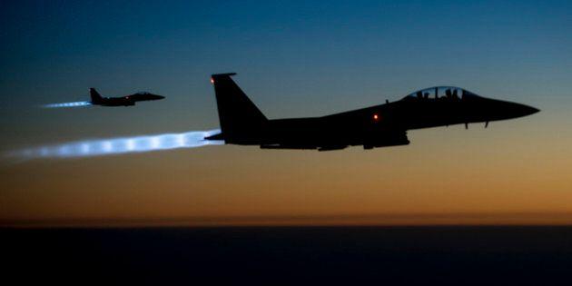 Daech: la coalition frappe le groupe jihadiste pour la première fois dans le centre de la