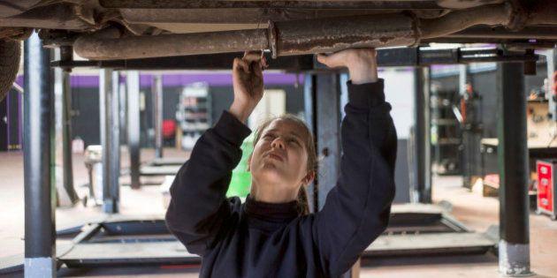 Un garage fait par des femmes, pour des clientes lassées du
