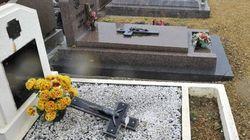 Tombes profanées dans l'Est: deux adolescents mis en
