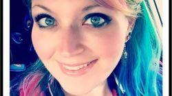 Jugée pour sa couleur de cheveux, cette infirmière répond à la