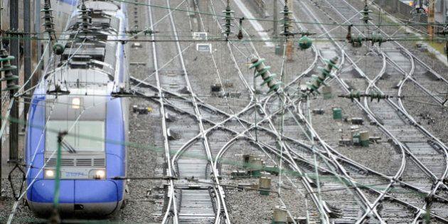 Grève à la SNCF: la réforme ferroviaire met le feu aux